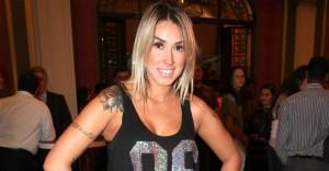 Dani Bolina trai seu marido com um ator de avenida brasil