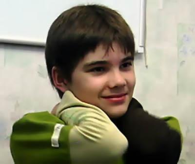Conheça o garoto chamado Boriska, um alienigena ou uma farsa?