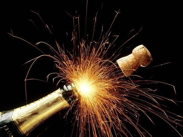 10 mais estranhas tradições da véspera de Ano Novo em torno do mundo