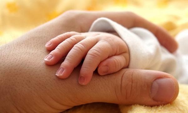 Declarado morto, bebê chinês começou a chorar no momento da cremação