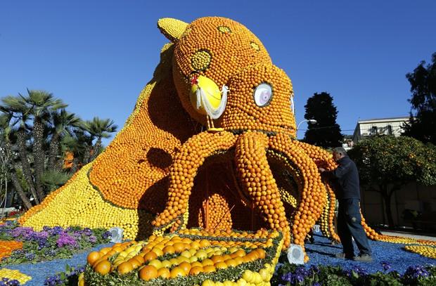 Festival reúne incríveis esculturas feitas de laranjas e limões