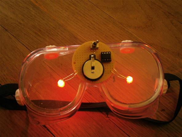 Óculos permite o controle dos sonhos e pode ser construído em casa
