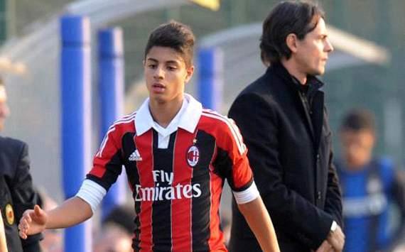 Jovem promessa do Milan pode estrear no time profissional aos 14 anos