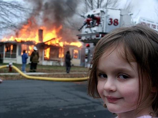 """Conheça o meme """"Garota desastre"""""""
